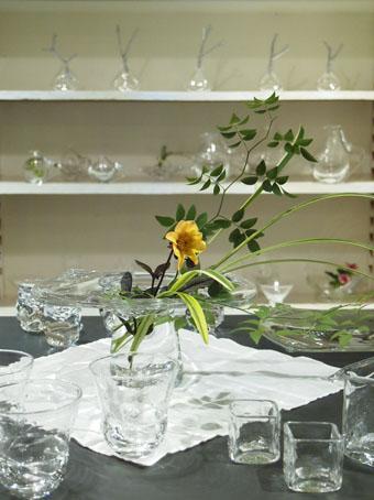 李 慶子「ガラスの器展」はじまります_b0322280_22295953.jpg