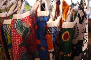 ②「アフリカンバティック」生地・服などなど_f0226293_7352050.jpg