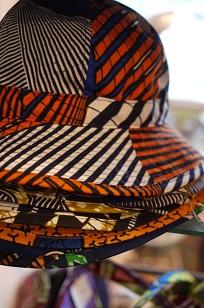 ②「アフリカンバティック」生地・服などなど_f0226293_7362049.jpg