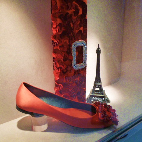 Roger  Vivier Hong Kong Shop Report・・・取りあえずはコレね_b0210699_23063064.jpg
