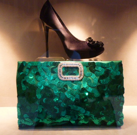 Roger  Vivier Hong Kong Shop Report・・・取りあえずはコレね_b0210699_23102817.jpg