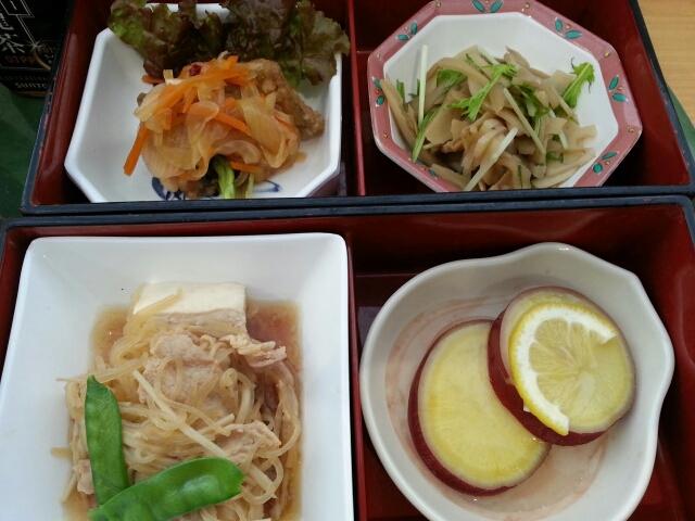 今日の昼食@会社Vol.556_b0042308_12473551.jpg