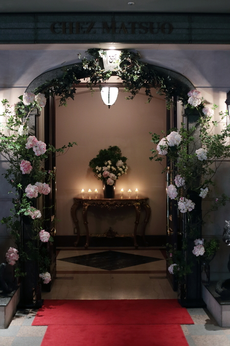 花のツリー、花の入口 青山サロン様へ _a0042928_12445184.jpg