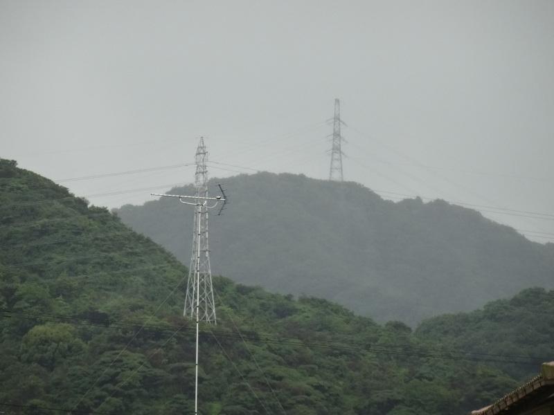 台風8号は少し おとなしくなったようだ_c0108460_15060940.jpg