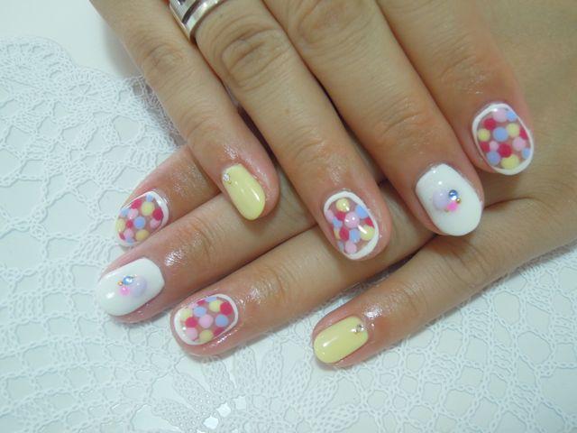 Dots Nail_a0239065_13305574.jpg