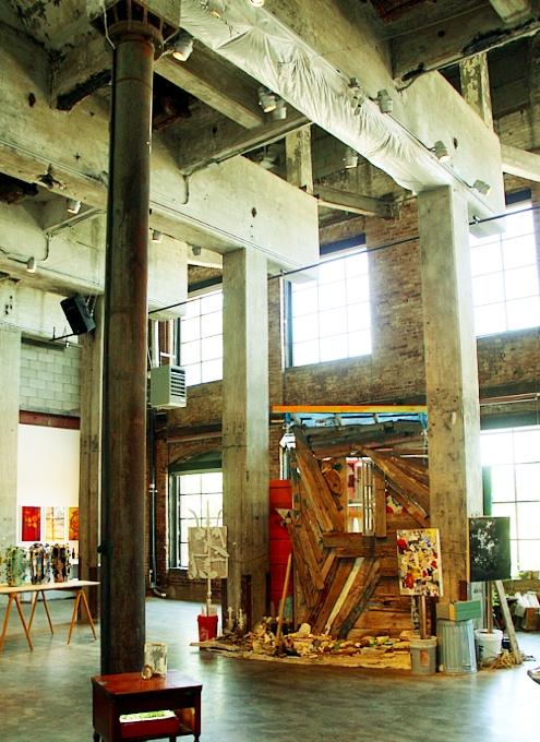 ブルックリンのDumboでお馴染みのユニークなギャラリー、Smack Mellon_b0007805_582255.jpg
