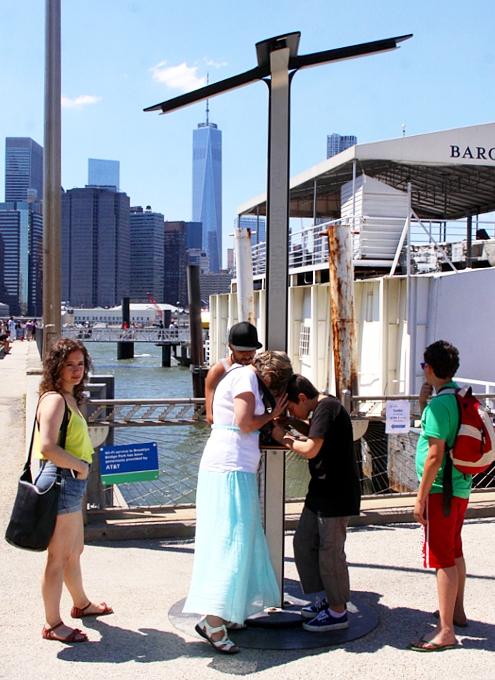 夏のNYのオススメ写真スポットDumbo編(3):Fulton Ferry Landing_b0007805_9264479.jpg