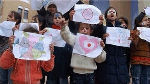 イスラエル大使館前 空爆抗議を多数の警官隊が妨害_f0212121_22505263.jpg