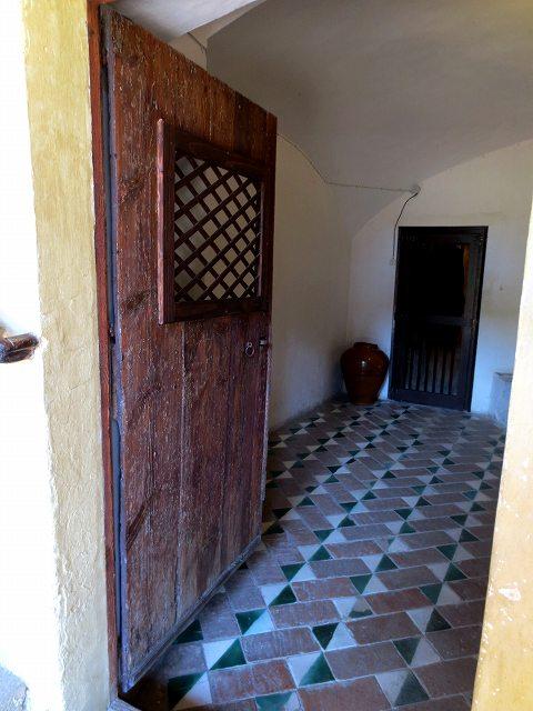 ペドラルベス修道院で6_b0064411_20504043.jpg