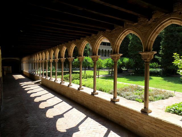ペドラルベス修道院で6_b0064411_20540140.jpg