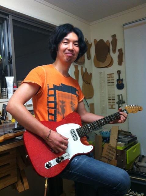 キナコ★オリジナルギター完成!_f0115311_23404543.jpg