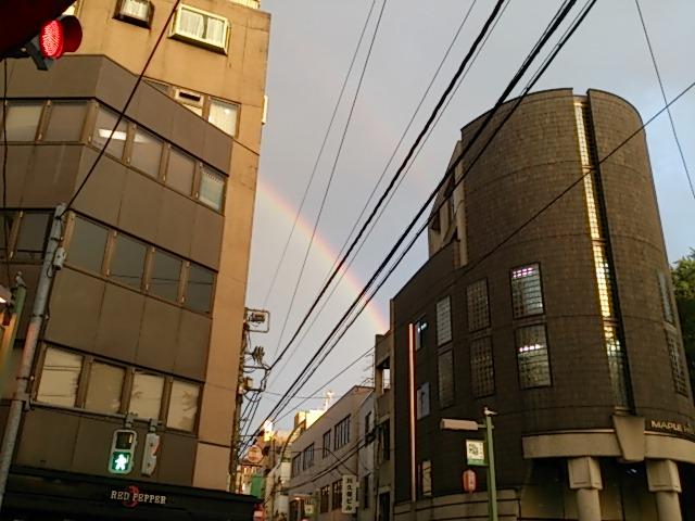 『青空、虹、そしておめでとう!カオリン』_a0075684_0523982.jpg