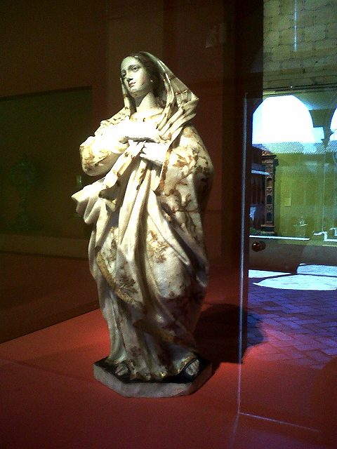 ぺドラルべス修道院で 9 ミュージアム_b0064411_05131535.jpg