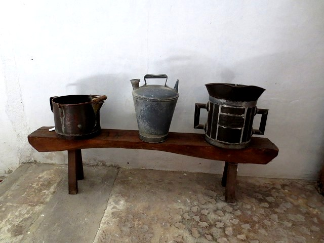 ペドラルベス修道院で10 地下_b0064411_05305284.jpg