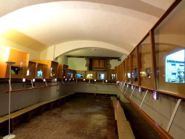 ぺドラルべス修道院で11 ジオラマ_b0064411_05472558.jpg
