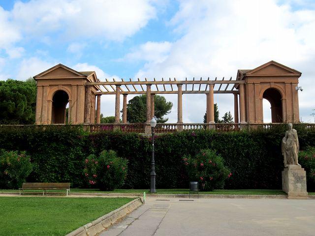 セルバンテス公園へ散歩に_b0064411_06203028.jpg