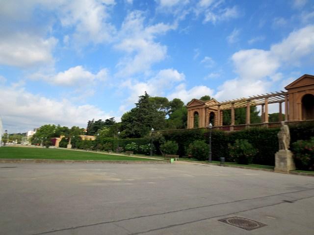 セルバンテス公園へ散歩に_b0064411_06203070.jpg