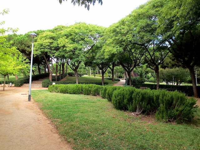 セルバンテス公園へ散歩に_b0064411_06275299.jpg