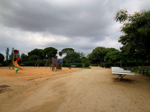 セルバンテス公園へ散歩に_b0064411_06331930.jpg