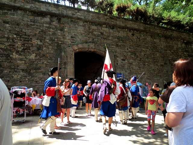 聖マドローナのお祭り_b0064411_23011704.jpg