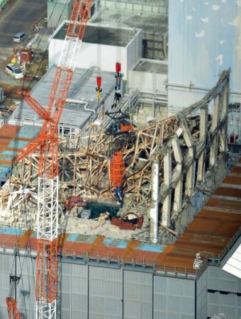 日本一のブラック企業、東電は福島原発3号機瓦礫撤去の放射能飛散を隠していた_d0174710_13284963.jpg