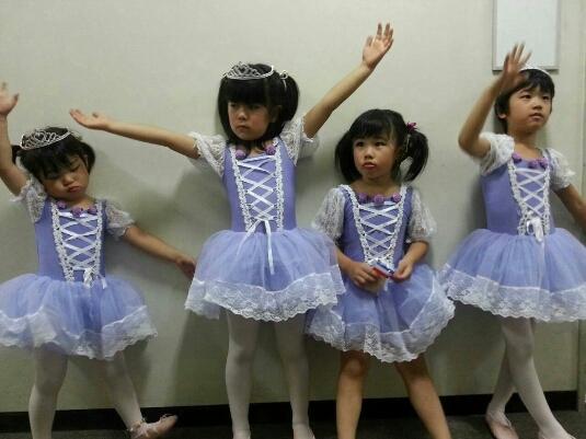新規写真掲載  公演舞台裏_c0201916_18313265.jpg