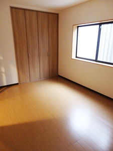 稲葉2丁目 リノベーション完了!賃貸マンション3部屋入居募集!_e0251265_12293435.jpg