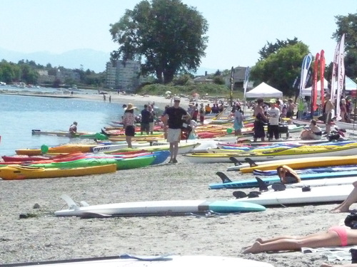 Paddle Fest at Willow\'s beach_b0117700_5245272.jpg