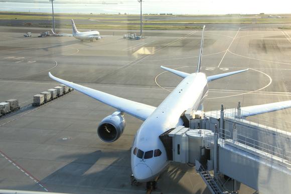 羽田空港の朝・・_d0202264_2242430.jpg