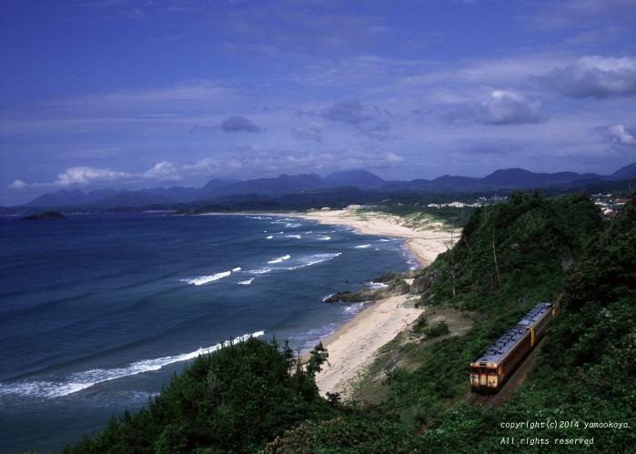 浅利の海岸で_d0309612_2213265.jpg