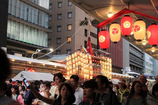 祇園祭 宵山_e0048413_22183617.jpg