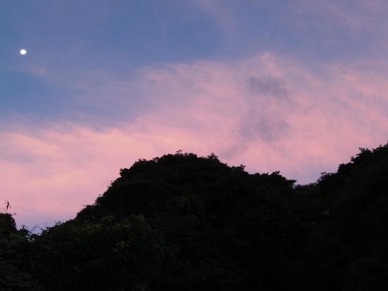 雲の隙間の。_a0125419_07114043.jpg