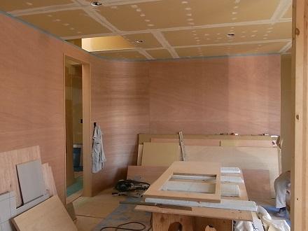 『リボーンハウス』カーブする壁。_e0197748_14181974.jpg