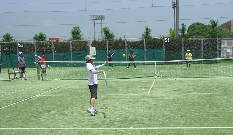 テニス ダブルスに強くなる?実戦練習_b0114798_1742974.jpg