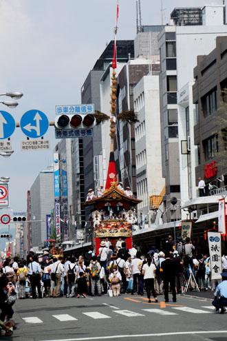祇園祭 山鉾巡行_e0048413_18582657.jpg