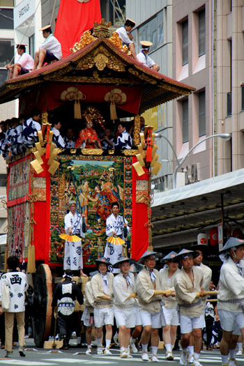 祇園祭 山鉾巡行_e0048413_18585656.jpg