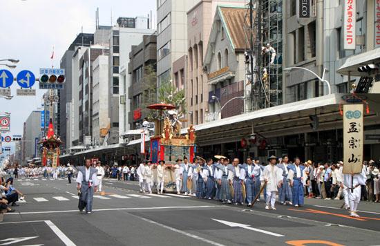 祇園祭 山鉾巡行_e0048413_18591856.jpg