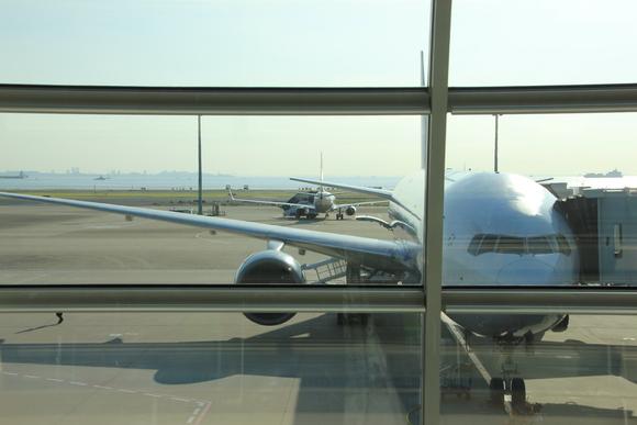 いよいよ伊丹空港へ_d0202264_2249548.jpg