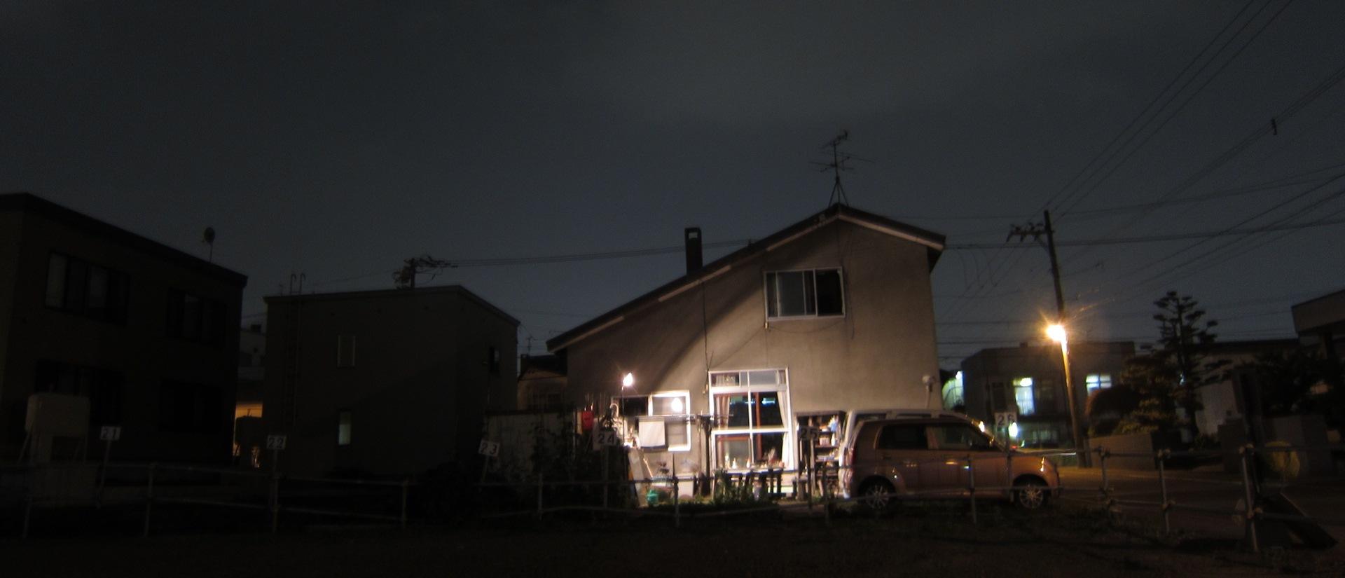 2416)「昨夜は庭で夕食をした。2014年7月17日(木)」_f0126829_16582554.jpg