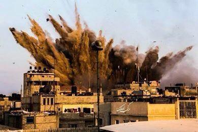 イスラエル、ガザに地上侵攻 戦車砲で乳児ら5人死亡_c0024539_1048770.jpg