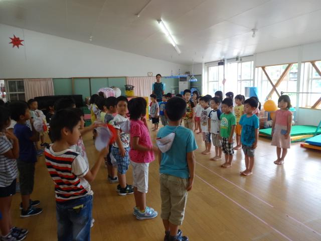 二田小学校一年生来園_d0166047_1538738.jpg