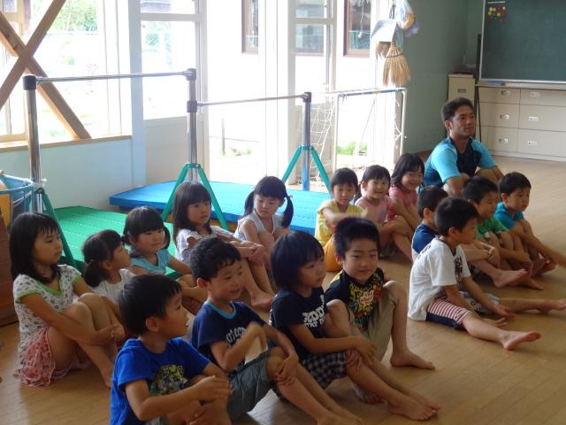 二田小学校一年生来園_d0166047_15553961.jpg