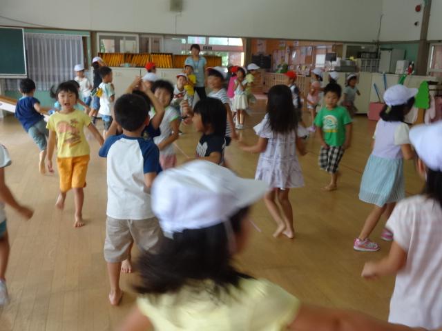 二田小学校一年生来園_d0166047_15565493.jpg