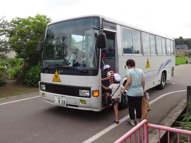 二田小学校一年生来園_d0166047_1605536.jpg
