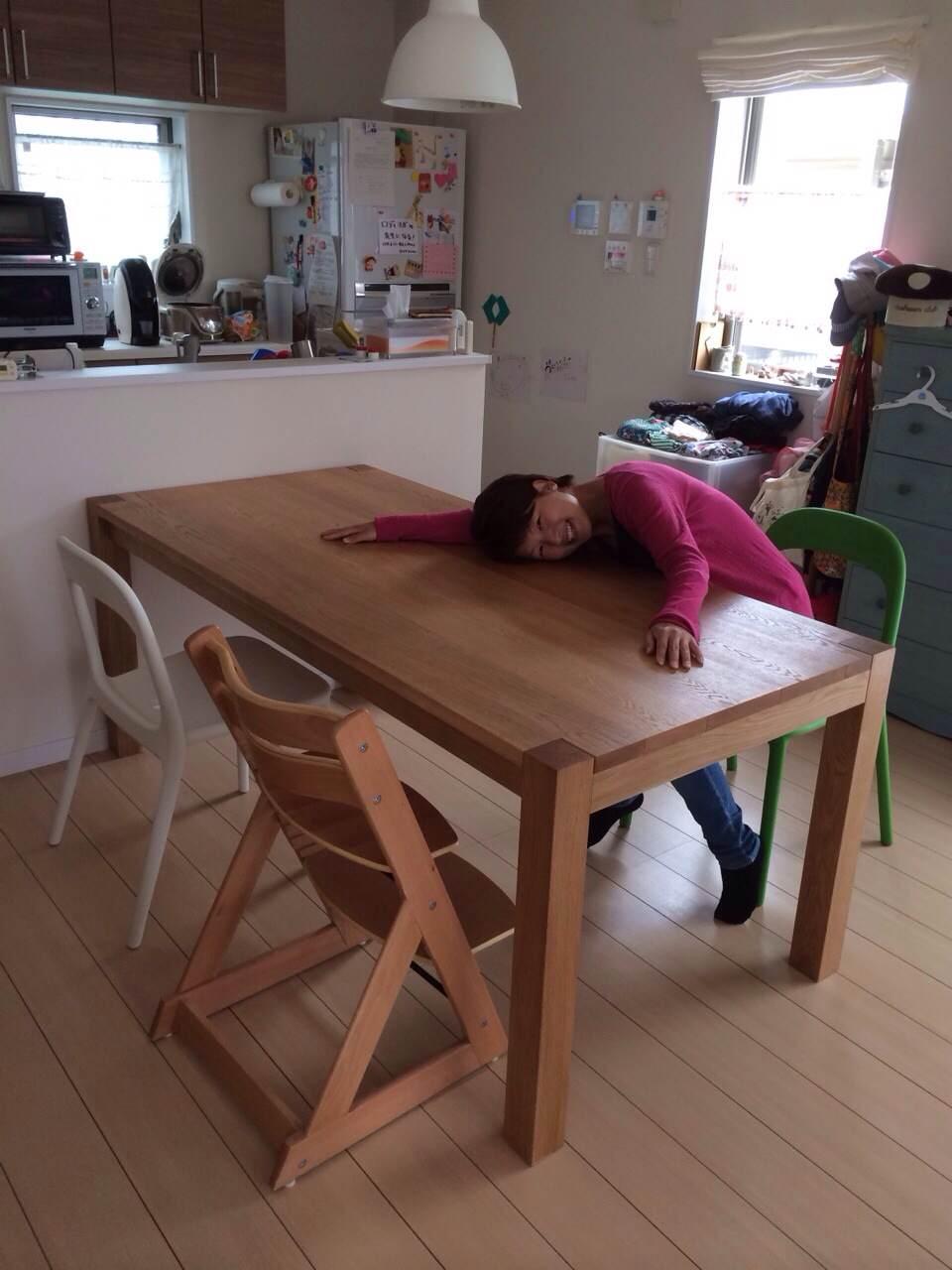 ミキさん家のテーブル_d0130209_1603853.jpg