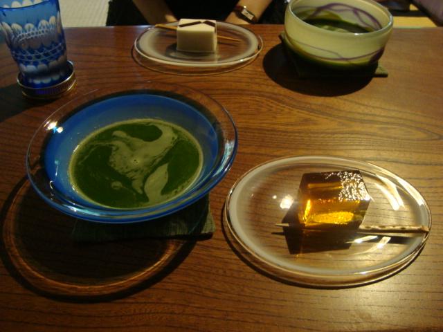 鎌倉「大佛茶廊 (おさらぎさろう)」へ行く。_f0232060_17103928.jpg