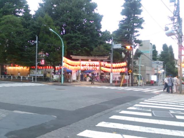 『雨が…盆踊り大会』_a0075684_0425190.jpg