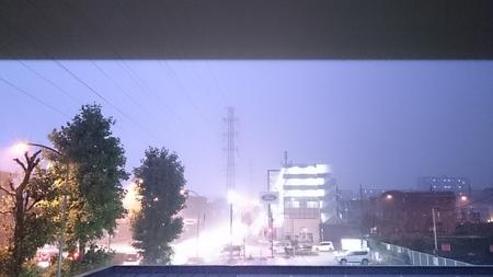 雷雨!_d0051146_22143397.jpg