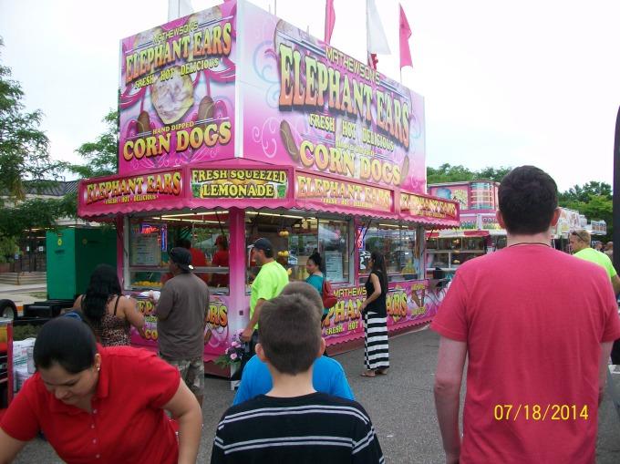 Farmington Hillsのお祭り♪その2_a0315750_02425375.jpg
