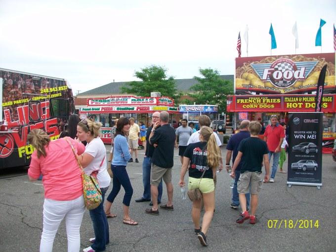 Farmington Hillsのお祭り♪その2_a0315750_02471451.jpg